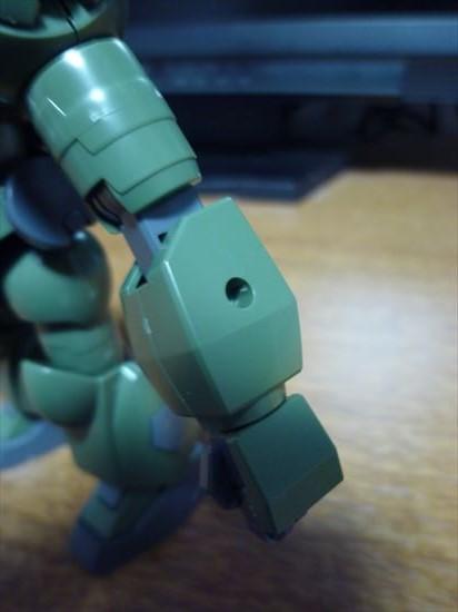 HGBFハイモックの腕と3mm穴