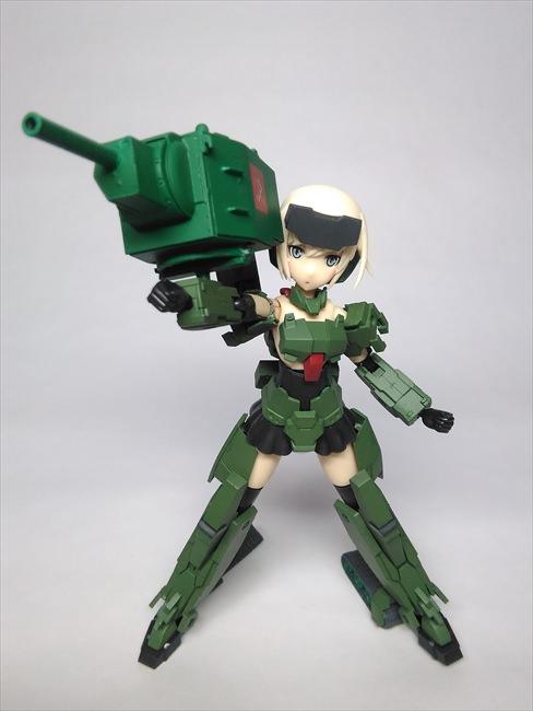 武器を構える轟雷