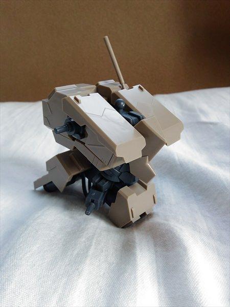 組んでる途中の輝鎚・甲の胴体