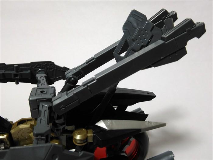 ラピットレイダーに武器を挿している様子