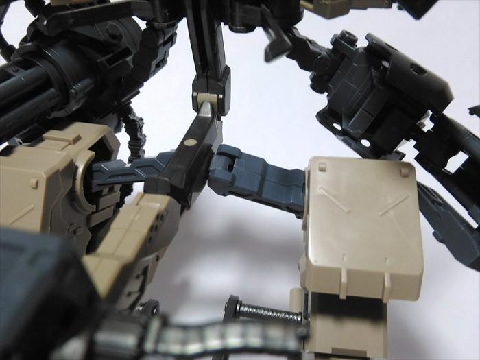 ロボットの足の付け根
