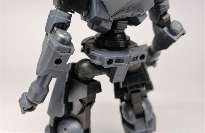 腰や腕の3mm穴
