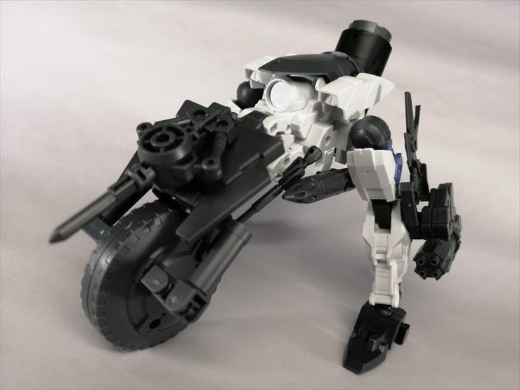 キャノンバイクと30MMのパーツを組み替えてカスタムした無人兵器